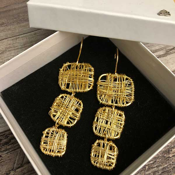 wire-wrapped-dangles-gold-plated
